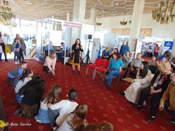Lansare Poveștile săltărețe de Ramona Badescu